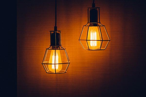 wyjątkowe lampy art deco